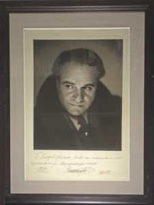 20242An Oversize and Magnificent Signed Photograph of the Italian Tenor Inscribed to the Photographer, Angelo Laviosa