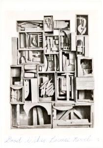 33874Color Postcard of 1959 Sculpture Black Wall